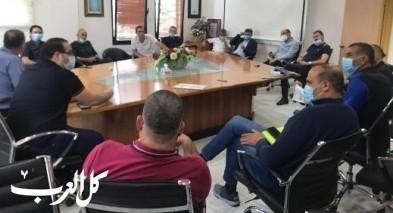 مجلس كفرقرع يناشد الاهالي بإعادة طلاب صفوف الدنيا