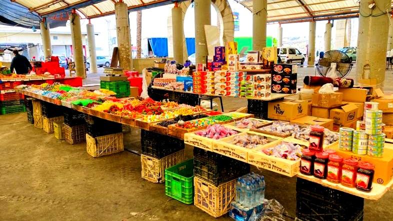 تجّار السوق في نوف هجليل: ندعو الناس للحضور