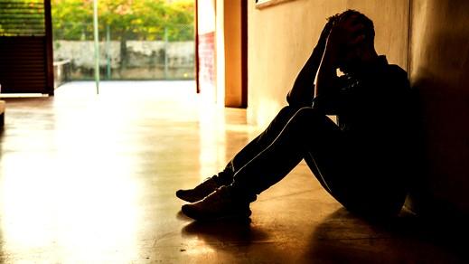 شاب: اتعرض للإهانة من أهلي باستمرار