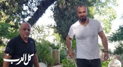الناصرة: ابناء سلواد يقومون بتنظيف المقبرة الفوقى