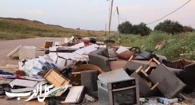 مجلس محلي كفرقرع يستنكر رمي النفايات