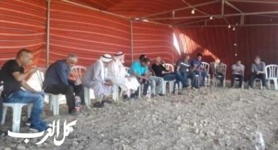 النقب: أهالي خربة الوطن ينصبون خيمة اعتصام
