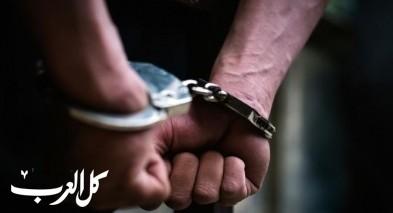 عكا: إعتقال مشتبه ثلاثيني بإقتحام شقة