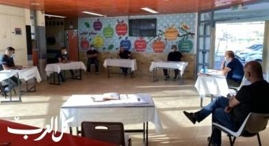 عرعرة النقب: اجتماع للجنة الاباء وادارة مدرسة السلام