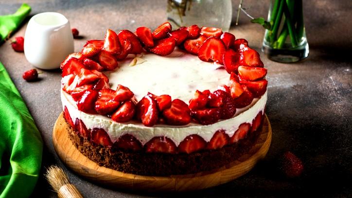 طريقة تحضير كعكة التوت الأرضي