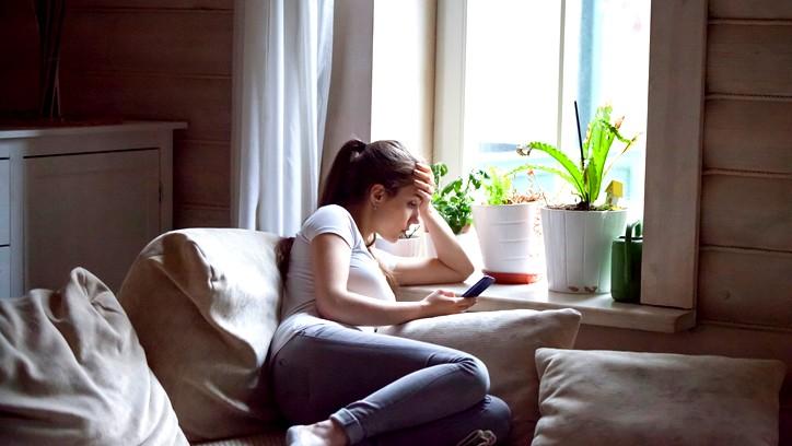 شابة: أريد الاستقلال ببيت لوحدي ولكن..