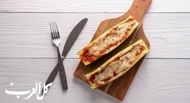 قوارب بيتزا الكوسا.. صحيّ ولذيذ