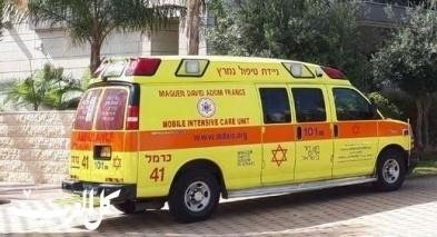 حيفا: إصابة عامل إثر سقوطه عن سلّم