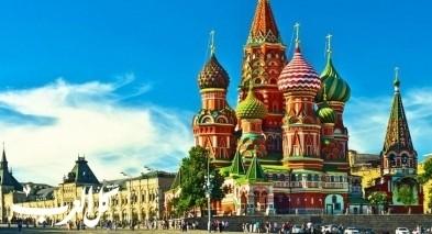 رابطة خريجي جامعات روسيا تهنئ الجدد