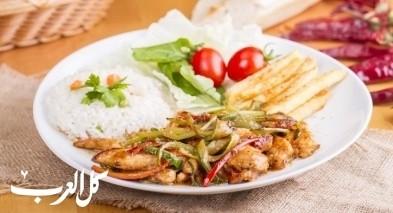 دجاج فاهيتا مع الأرز.. صحتين وهنا