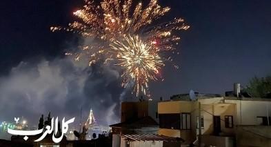 الالعاب النارية تزين سماء دير حنا احتفالاً بالعيد