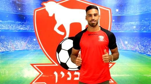 اللاعب إيهاب غنايم يجدد عقده مع إتحاد سخنين