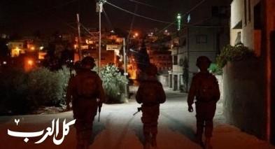 الجيش الاسرائيلي يداهم منزل منفّذ عملية بيتح تكفا