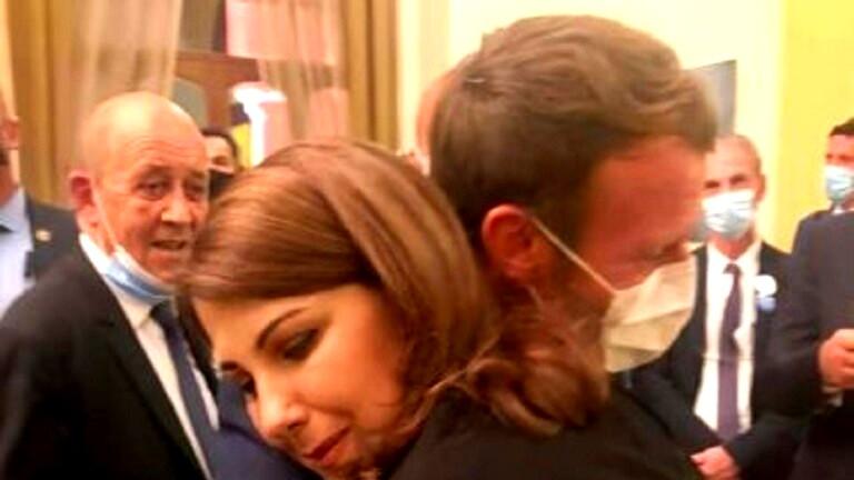 صور- ماكرون يبكي على كتف ماجدة الرومي: ستكونون بخير