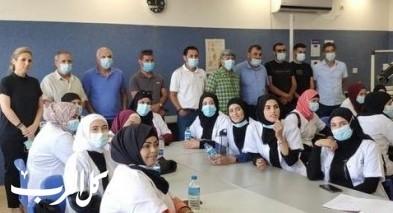 النقب: دورة مساعدة طبيب أسنان في أبو تلول