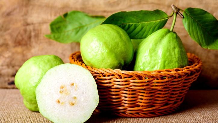 ما هي ابرز فوائد فاكهة الجوافة؟
