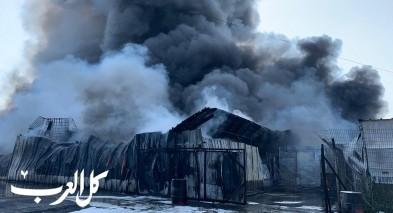 اندلاع حريق هائل في مصنع بمنطقة عكا