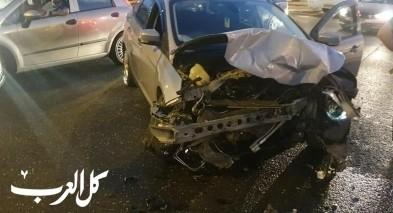 عرعرة: حادث طرق على مفترق البلدة بين عدة مركبات