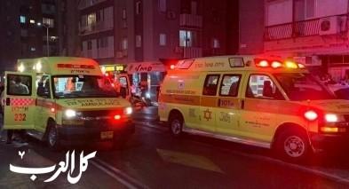 بات يام: اصابة شابين بجراح خطيرة باطلاق نار