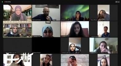 لقاءٌ یجمع المعلمات بالطلاب