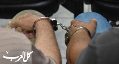 عرعرة: اعتقال مشتبهين بتهريب سلاح