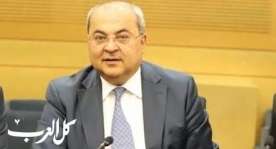 ماكرون والاسلاموفوبيا-بقلم النائب د. أحمد الطيبي