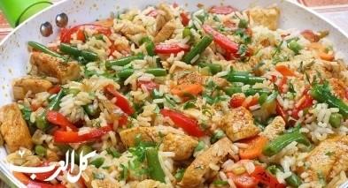 أرز صيني مقلي بالدجاج