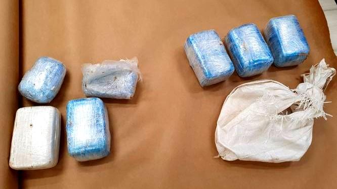 يافا: ضبط مخدرات داخل احد المنازل واعتقال مشتبهين