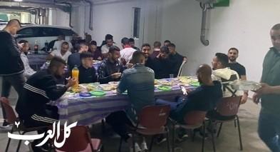إدارة الإخاء الناصرة اللاعبين لوليمة طعام