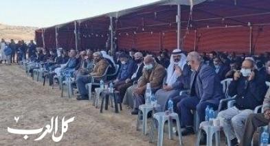 اجتماع جماهيري حاشد في أراضي قرية الأطرش المهددة بالتحريش