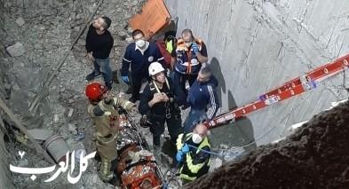 القدس: اصابة رجل اثر سقوطه بحي رأس العامود
