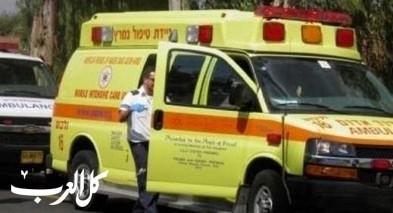 بيتاح تكفا: اصابة عامل جراء سقوطه عن ارتفاع