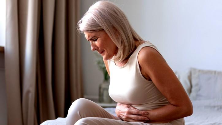 الضغط على هذه النقاط يخفف ألم المعدة والأسنان