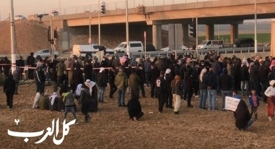 النقب: المئات في وقفات احتجاجية