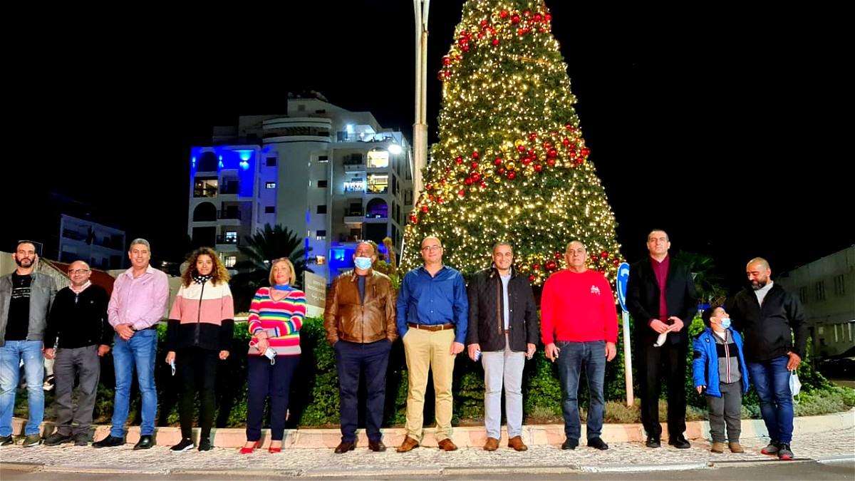 إضاءة شجرة الميلاد في مدينة عكا للسنة السابعة