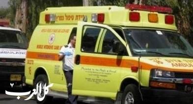 اصابة شاب إثر انزلاق دراجته النارية على شارع 386