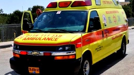 اصابة عامل (23 عامًا) اثر سقوطه في عكا