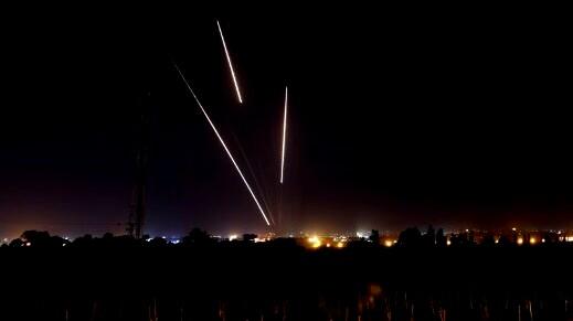 الجيش: إطلاق قذيفتين صاروخيتين من قطاع غزة