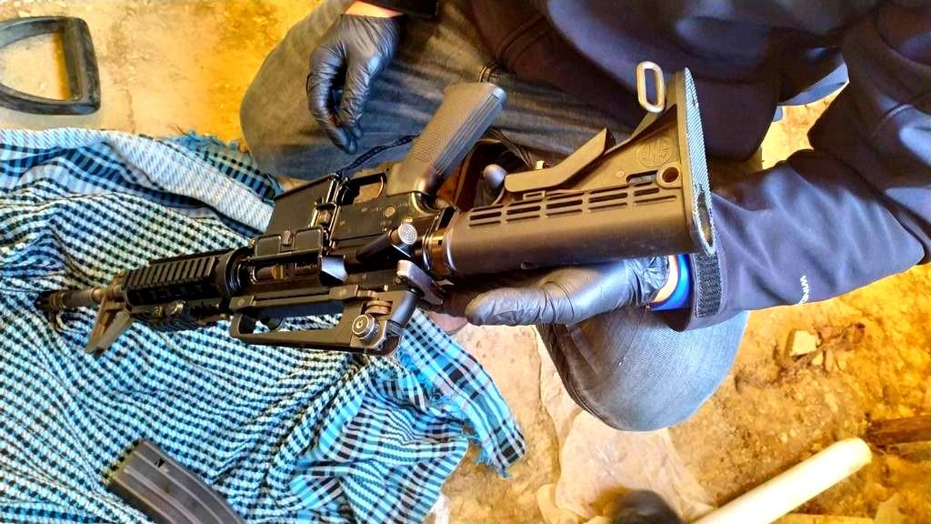 عرعرة النقب: ضبط اسلحة واعتقال مشتبهين
