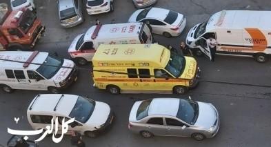 الناصرة: اصابة 16 شخصًا جرّاء حادث طرق