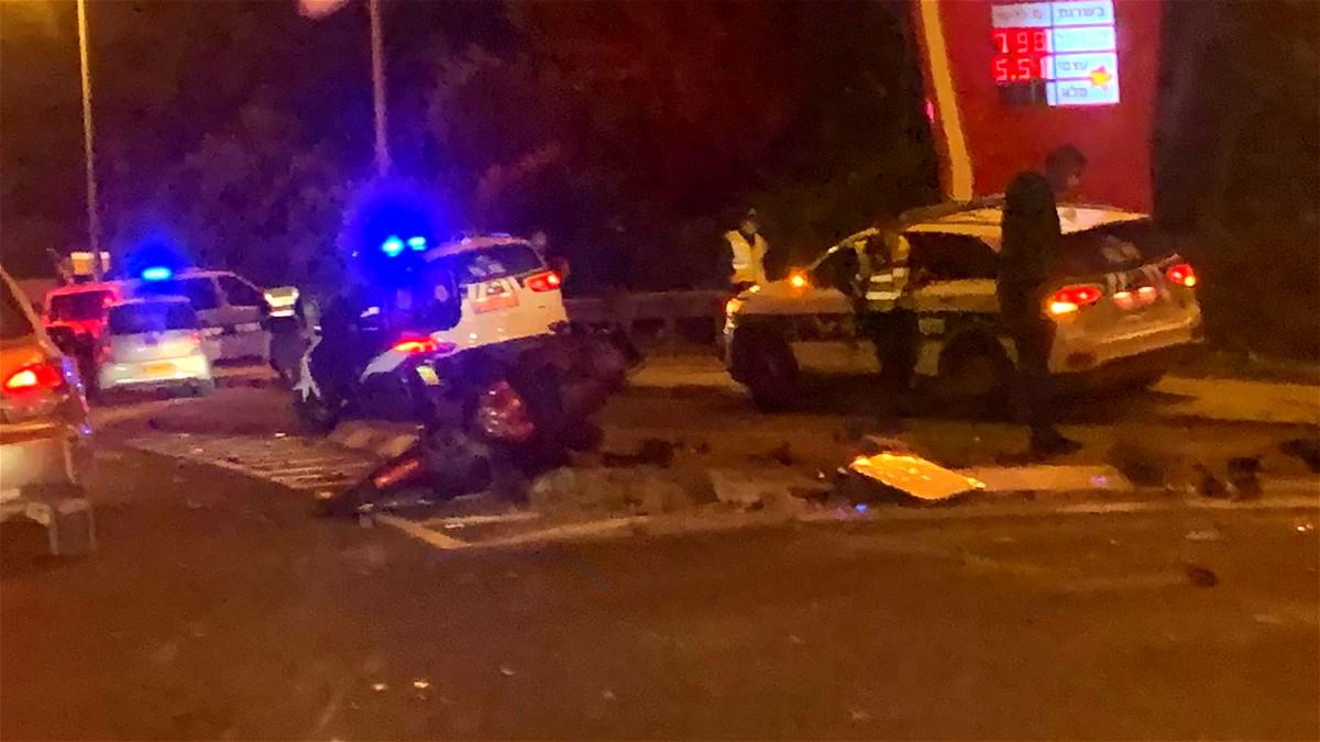 إصابة خطيرة لسائق دراجة نارية بحادث طرق بكرميئيل