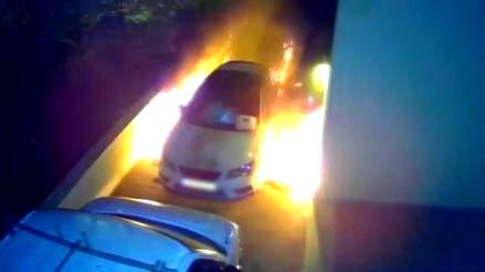 لائحة اتهام ضد شاب بإضرام النار بسيارة في كابول