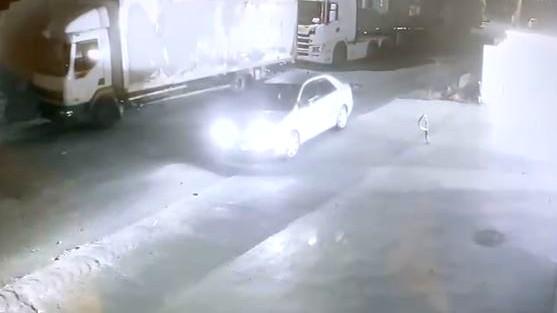كابول: احراق سيارة المواطن حسام عكري رغم الهدنة