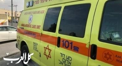 اصابة عامل اثر سقوطه عن ارتفاع في كريات جات