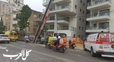 حولون: اصابة عامل بجراح خطيرة