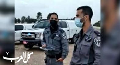 الشرطة تحرر مخالفات كورونا لسكان العراقيب
