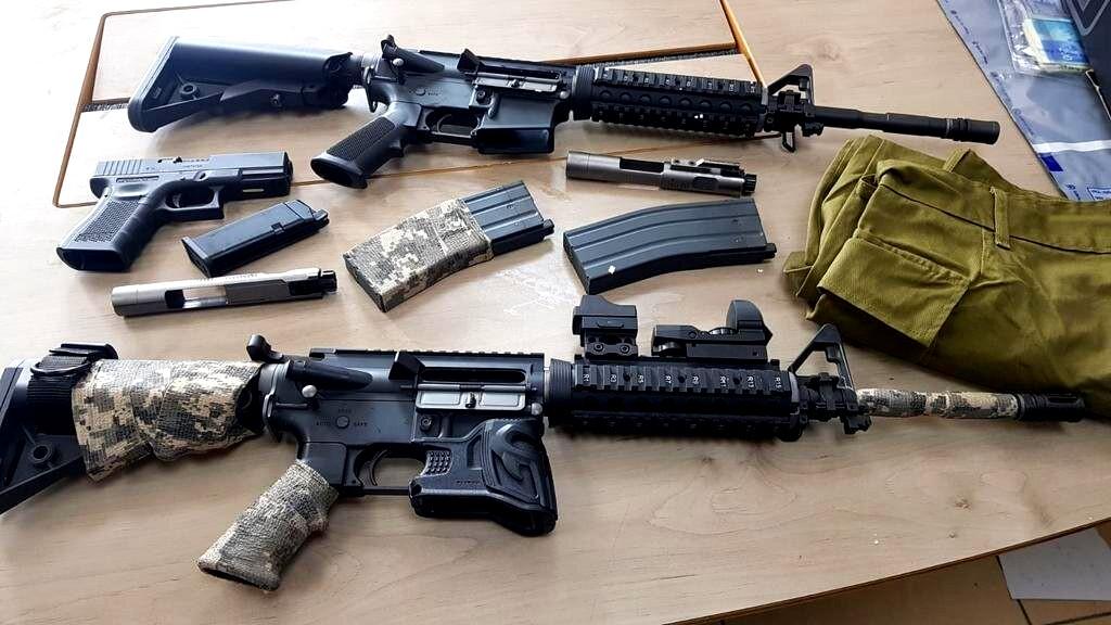 اعتقال 5 شبان بينهم من الزرازير بشبهة تجارة الأسلحة