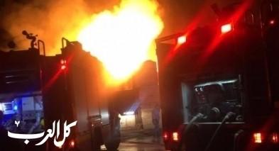 الشبلي: اندلاع النيران بسيارة قرب منزل