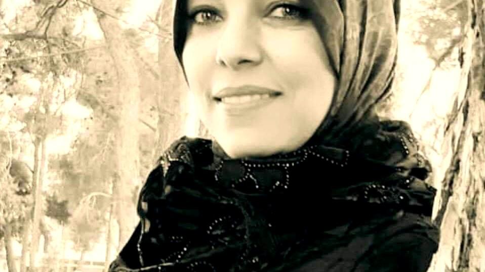 كفاح عبد الكريم حمّاد فنانة تشكيلية من بلادي-كتب: شاكر فريد حسن