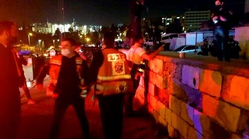 شجار في حي الشيخ جراح في القدس واصابة شخصين